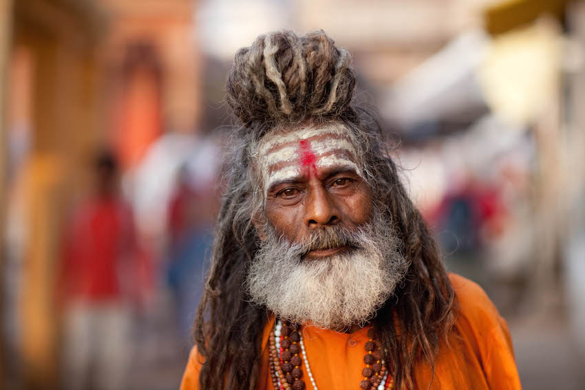 Shiva's worshiper Shaivite Sadhu at Varanasi - What are tilakas?